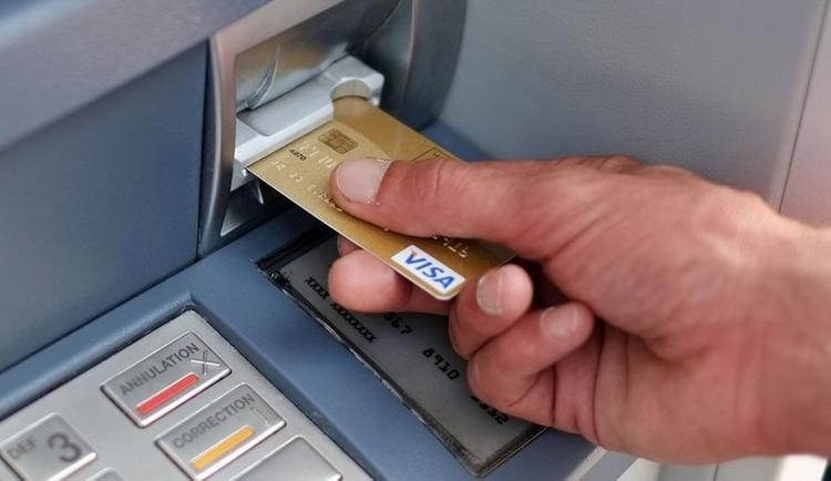 Қазақстандықтар банкоматтан көбірек ақша ала бастады