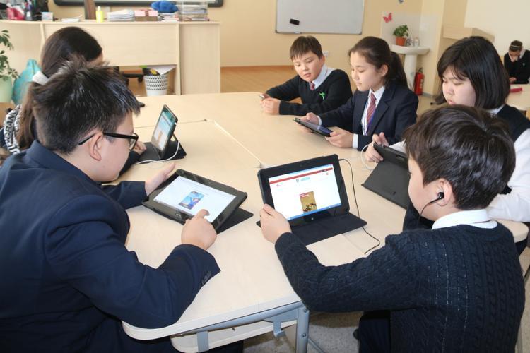 Біздің пайым: қазақстандықтар онлайн оқытатын сайттарға тегін кіре алады