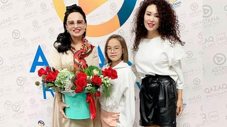 Кто и как поздравил Камиллу Куздембаеву!