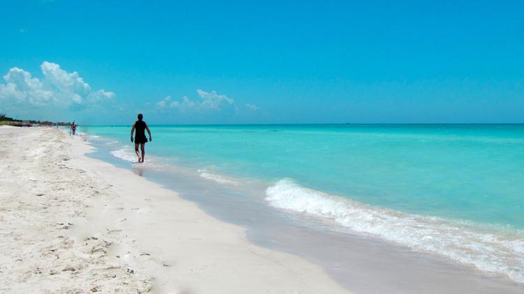 Куба вновь открыта для туристов