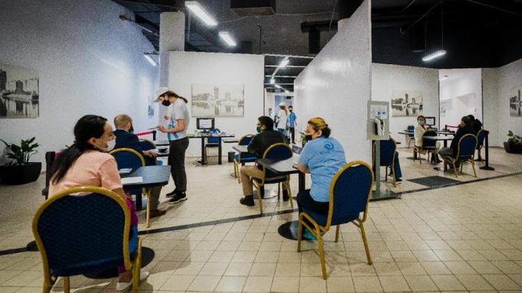 Еще в одном ТРЦ Нур-Султана открылся пункт вакцинации от COVID-19