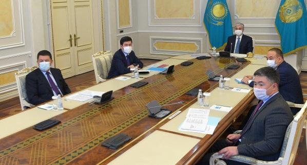 Мемлекет басшысы Атырау облысының әлеуметтік-экономикалық даму мәселелері жөнінде кеңес өткізді