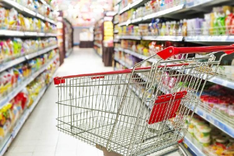 Разные цены на одинаковые товары применяют в атырауских супермаркетах