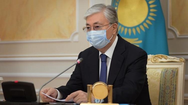 Бүгін Мемлекет басшысы Қарағанды фармацевтика зауыты шығарған «Спутник-V» вакцинасын салдырды