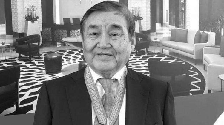 Президент Қазақстанның халық әртісі Ескендір Хасанғалиевтің отбасы мен туыстарына көңіл айтты