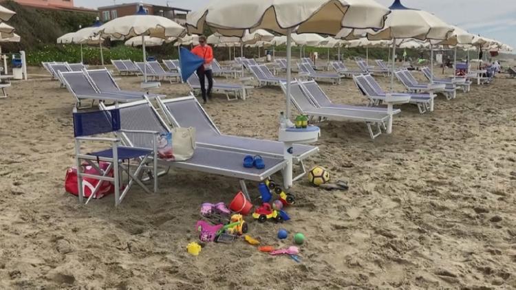 Смягчение карантина: в Италии открыли пляжи
