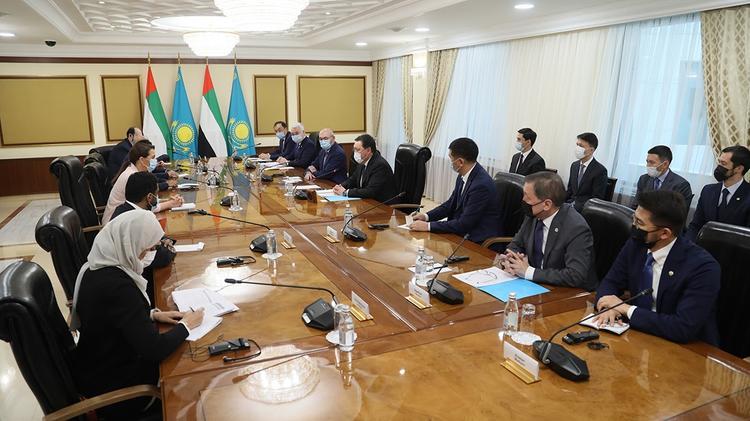 А. Мамин БАӘ азық-түлік қауіпсіздігі министрімен бірлескен инвестициялық жобаларды талқылады
