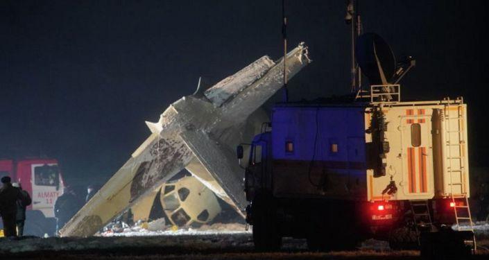 Двое пострадавших при крушении самолета под Алматы выписаны домой