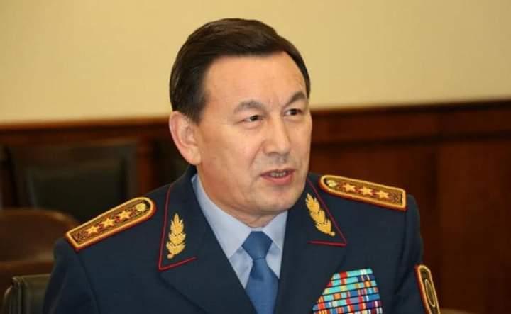 Президент Қалмұханбет Қасымовты лауазымды қызметінен босатты