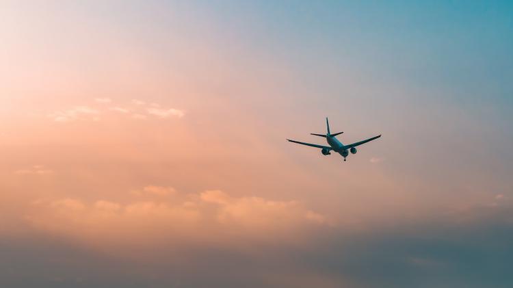 Вылетевший из Нур-Султана в Стамбул авиалайнер совершил экстренную посадку